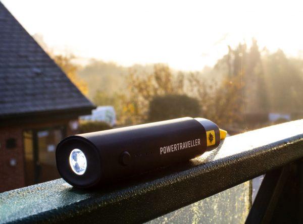 MERLIN 15 power pack by POWERTRAVELLER