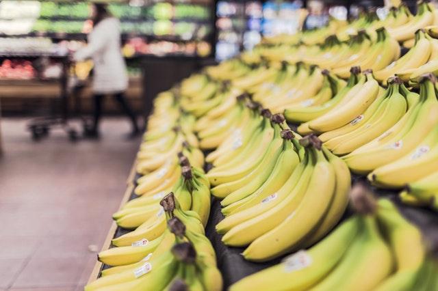 Loose bananas in supermarket