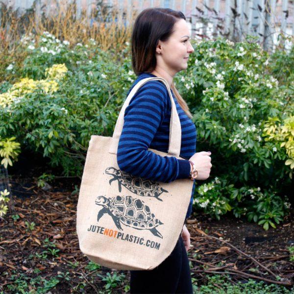 Two turtles jute shopping bag