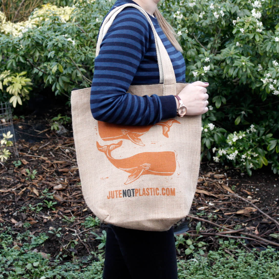 Jute eco shopping bag two whales
